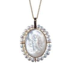 Small Oval Guardian Angel with Pearls Medal