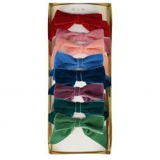 Fermacapelli in velluto con fiocco Radiant di Meri Meri :: acquista ora su Baby Bottega