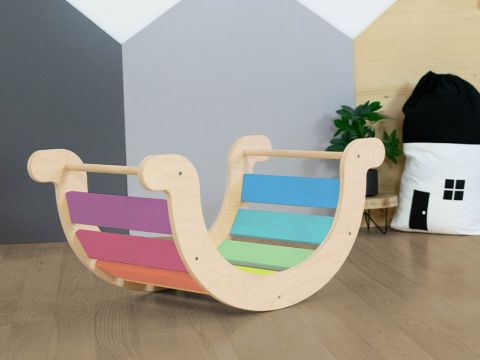 YUPEE, a Montessori styled wooden balance swing from Benlemi
