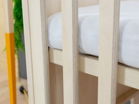 SLEEPY, a Montessori styled cot from Benlemi