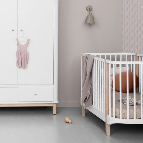 Wardrobe 2 doors, in white/oak from Oliver Furniture :: Baby Bottega