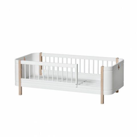 Oliver Furniture Wood Mini+ Junior Day Bed :: Baby Bottega