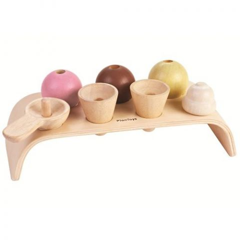 Ice Cream Set from Plan Toys :: Baby Bottega