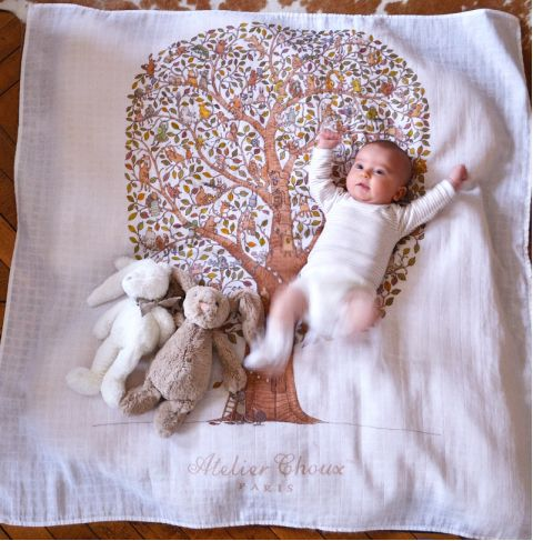 Paris Carré baby blanket from Atelier Choux :: Baby Bottega