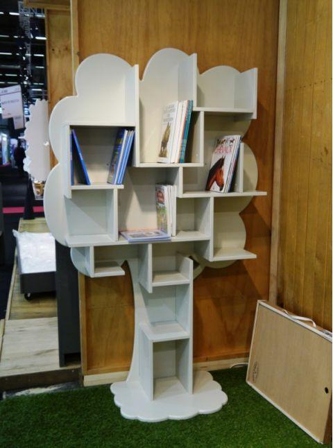 Louane Bookcase